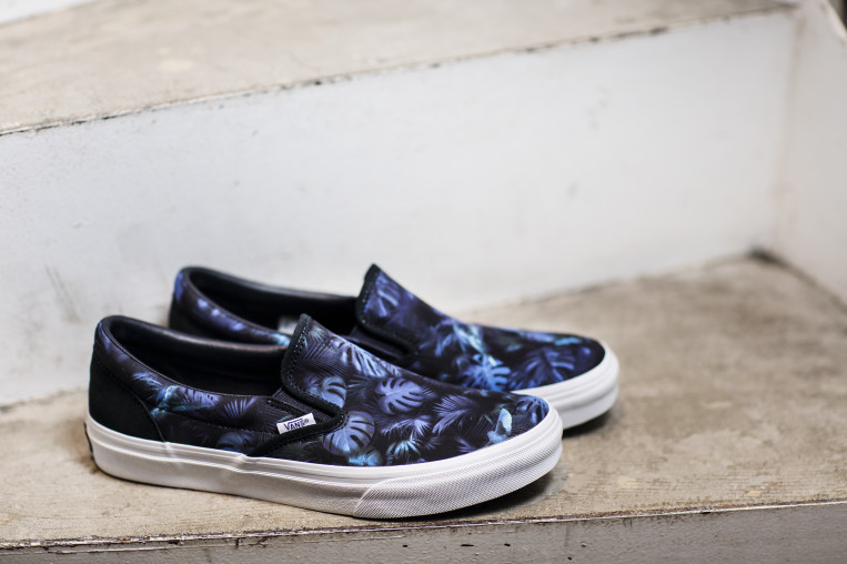 ex25_VANS WHITE-MOUNTAINEERING _SLIP-ON_01