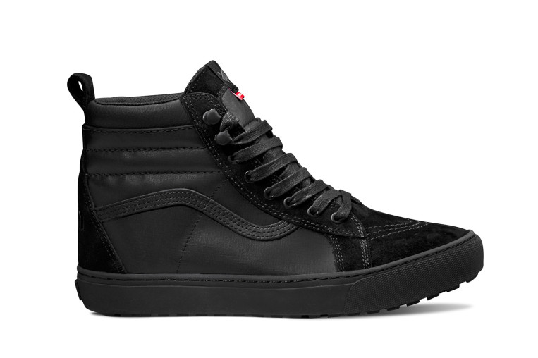 VAULT-BY-VANS_Sk8-Hi-MTE-LX_(The-North-Face)-black